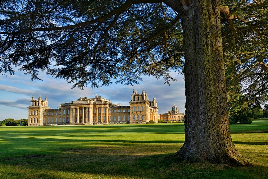Four seasons in blenheim palace park gardens classy for Blenheim builders