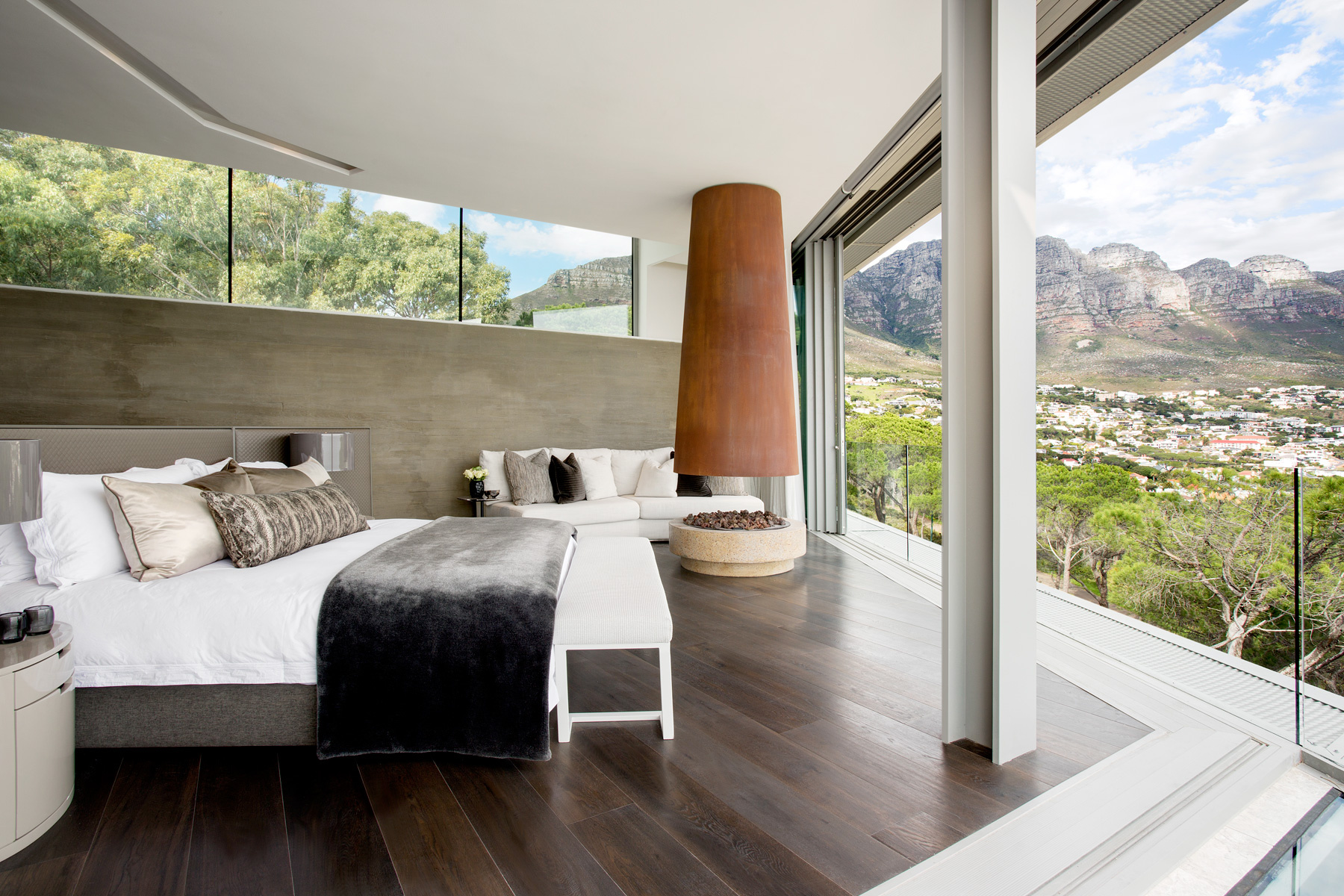 clifton 2a home cape town by saota architects where the natural