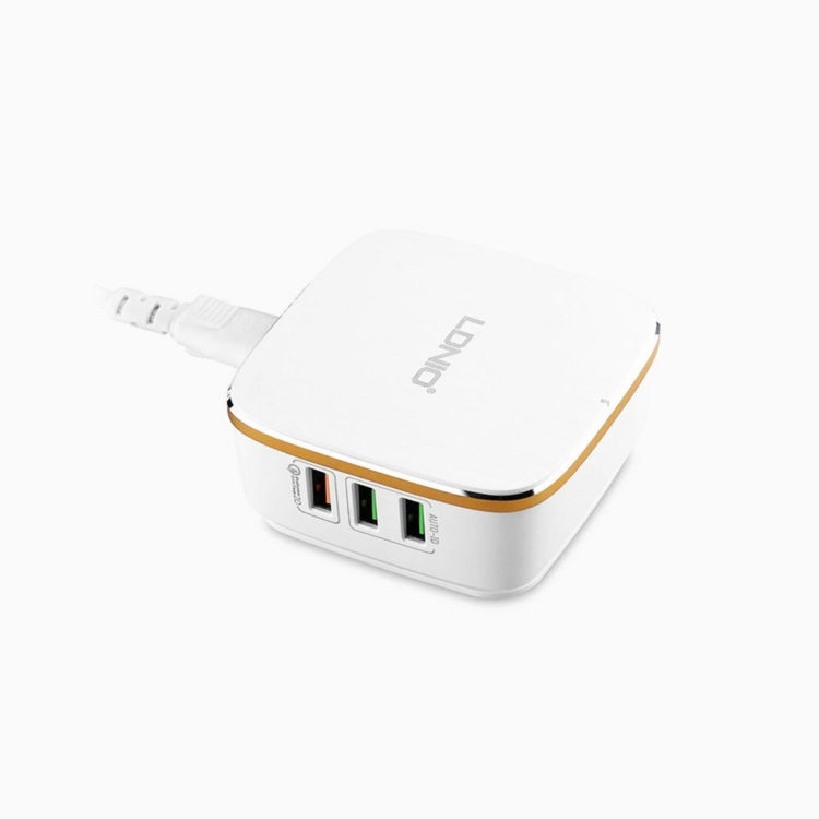 wall-charger-usb-hub-for-power-up-spot
