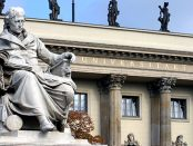 Heike Zappe _ CC BY-SA 3.0 Denkmal Wilhelm von Humboldt Unter den Linden 6 10117 Berlin Foto: Heike Zappe