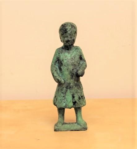 Gerry van der velden  meisje ii  brons  hoog 21 cm. breed 8 cm. diep 6 cm. %e2%82%ac 600 00