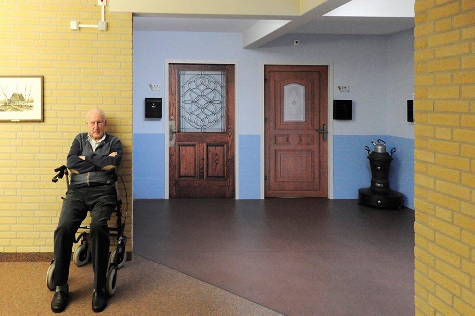 'Een eigen voordeur helpt bejaarden in rusthuizen'