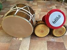 Барабаны  Даул Дарбука Бонги 2010 Дарбука велюровое покрытие, Даул коричневый прочный, Бонги  светло-коричневые.