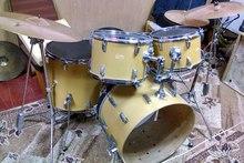 Продам барабаны в отличном состоянии AMATI KLASIC  ЖЕЛТЫЙ