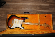 Fender-Fresher Straighter Japan 1976