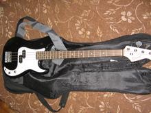 Rockdale бас гитара 2013 чернобелый