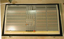 Studiomaster P7 Мікшерний пульт 32 канала