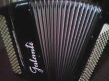 Галанти кнопаккордеон  черный
