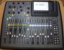 BEHRINGER X32 compact 2015