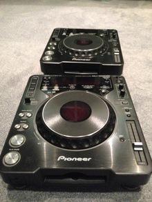 Pioneer CDJ-1000MK3  черный