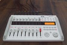 Zoom  R16 Рекордер / интерфейс / контроллер