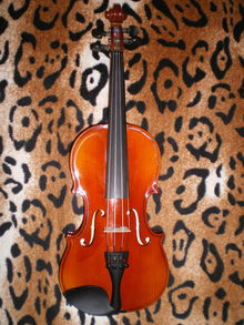 Скрипка 1/8 Strunal (Cremona) 160 Чехия 2014 г.  золотисто-коричневый