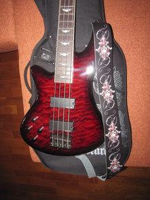Schecter Stiletto Extreme-4 2012 BCH (красный)