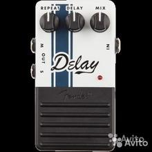 Fender Delay 2012 белый-чёрный, в подарок шумодав Joyo JF-31 Новый