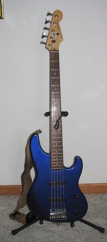 Fender jazz bass plus V
