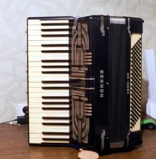 Hohner Verdi III B