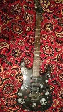 ESP LTD M-200SR Skull Roses
