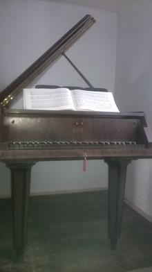 Neupert Bamberg Клавесин настоящий