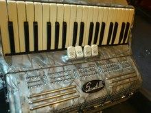 Scandalli 80 bass  Серый перламутр
