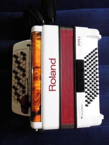 Roland FR-1 2013 белый