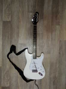 Dean Avalanche Deluxe Trans white 2014 Белый