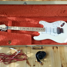 Fender Richie Sambora Stratocaster Japan 50th 1996 Слоновая кость