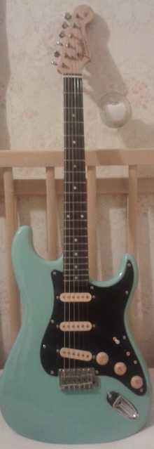 Greco Strat 1980 Blue
