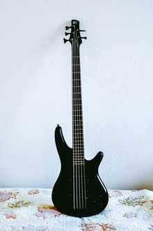 Ibanez SR645, Японец, 2000 год, активный