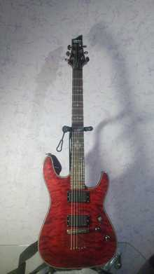 Schecter Diamond Series  2011 Crimson Red (CRED)