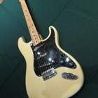 Fender Stratocaster 1979 слоновая кость