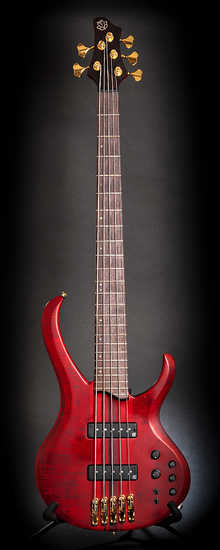 Ibanez   BTB1405 Premium   Deep Red