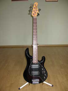 OLP MM-32 musicman stingrey 5