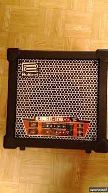 Roland CUBE-20XL BASS 2014 черный