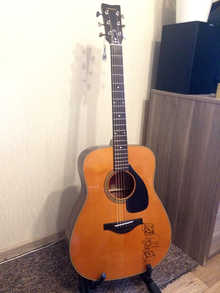 Yamaha FG-180-50TH Limited Edition