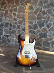 Fender Stratocaster mim 2005