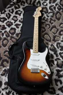 Fender American Special Stratocaster 60th Anniversary 2014 Sunburst