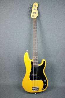 Fender PRECISION BASS 2006 USA