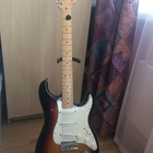 Fender Stratocaster  Fender Stratocaster  50th Anniversary 2004 2004 Санберст