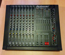 Studiomaster 2x 300w