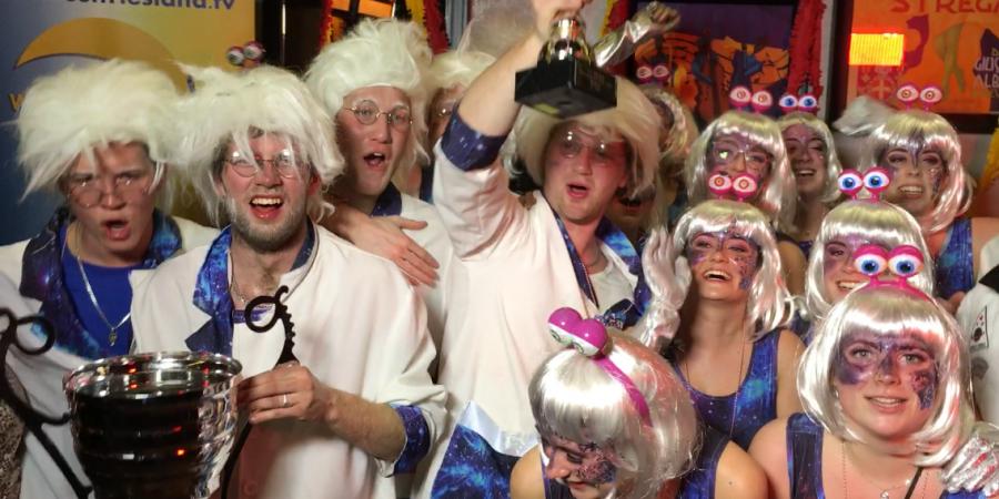 Uitslag Grote Carnavals optocht: Wicky's pakken weer de dubbel in Zwaag