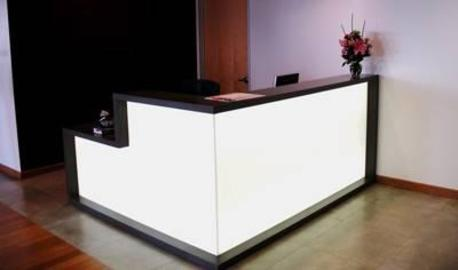 Acrylic_office_strong_style_color_b82220_reception_strong_counter