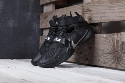 Кроссовки Nike Lebron Soldier 9