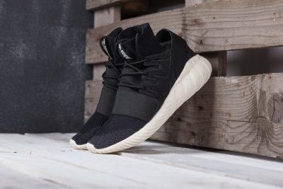 Кроссовки Adidas Tubular Doom