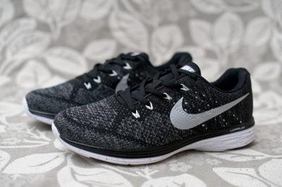 Кроссовки Nike Flyknit Lunar 1