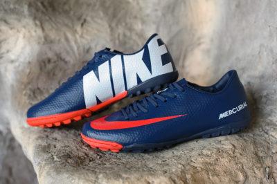 Футбольная обувь Nike Mercurial