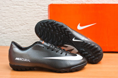 Футбольная обувь Nike Mercurial Victory IV TF