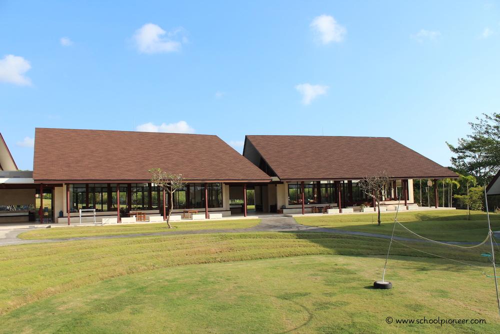 Grünanlage-Montessori-School-Bali