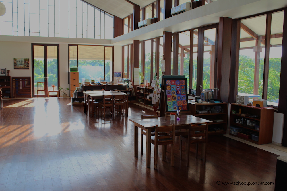 Klassenraum-der-Upper-Primary-Class-Montessori-School-Bali