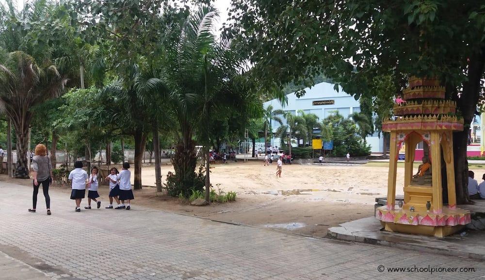 Grundschule-Thailand-Koh-Samui-Schüler
