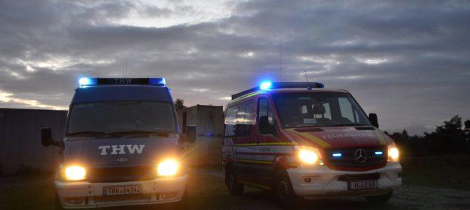Teile eines abgestürzten Asteroiden führen zu einem Großeinsatz der Feuerwehr Engelbostel und des THW Hannover/Langenhagen